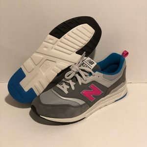 Brand new new balance 997 women sneaker size 7